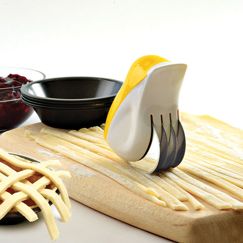 Canary Cutter for Herbs & Pastry
