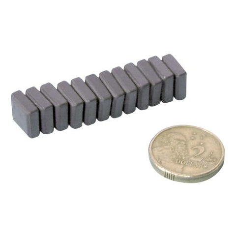 LM1616-ferrite-magnets-pk-12ImageMain-515_SI4CA09FT6X7.jpg