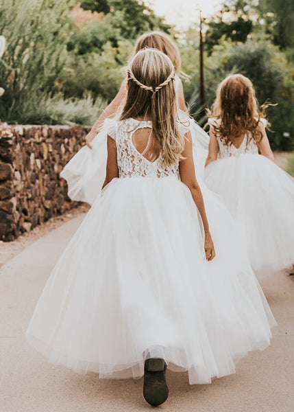 5 Things to know if you're having flower girl in your wedding