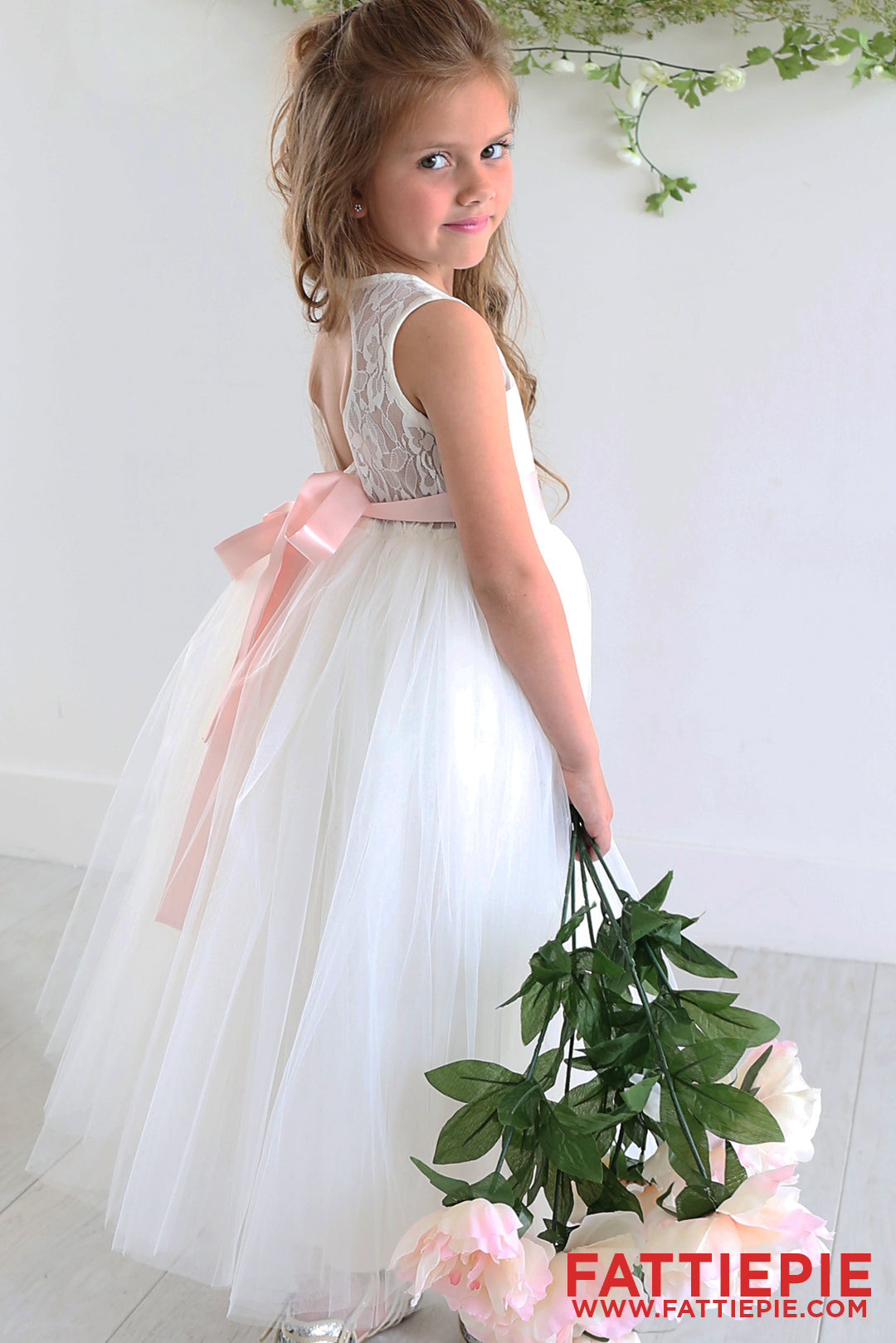 Sweet Heart Keyhole Ivory Lace CHR Flower girl dress