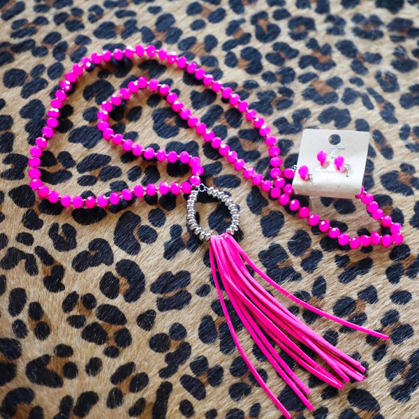 Fuchsia Fringe Glass Beaded Necklace