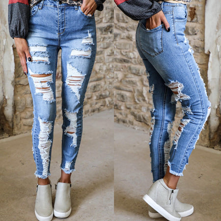 Gaslighter Distressed Jeans