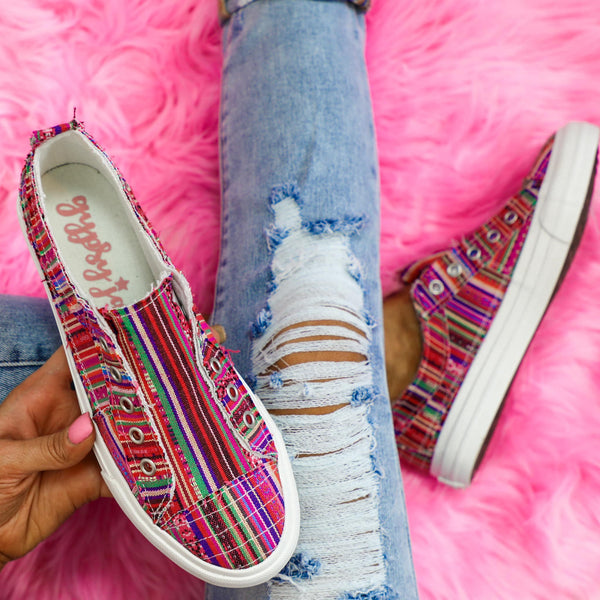 Pedra Pink Serape Shoes - The Lace Cactus