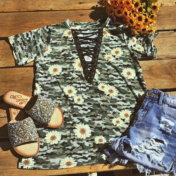 Camo Floral Lace-Up Neck Tee