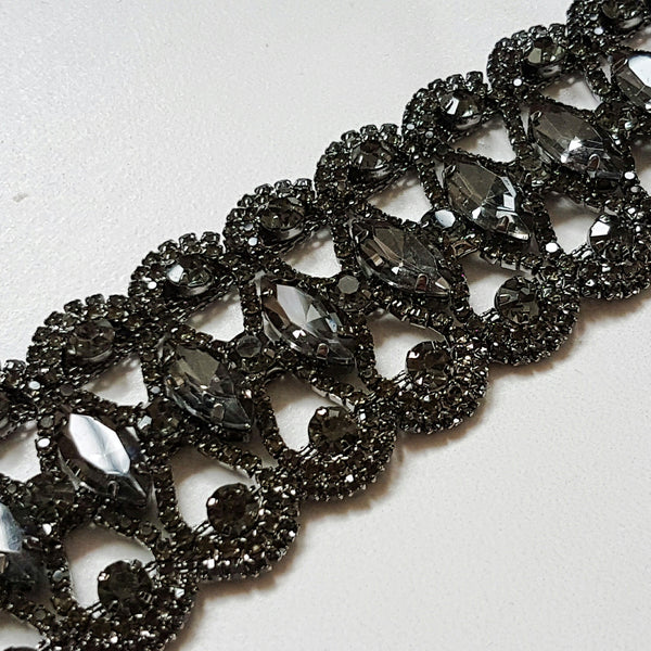 ZARA Luxury Black Rhinestone Choker