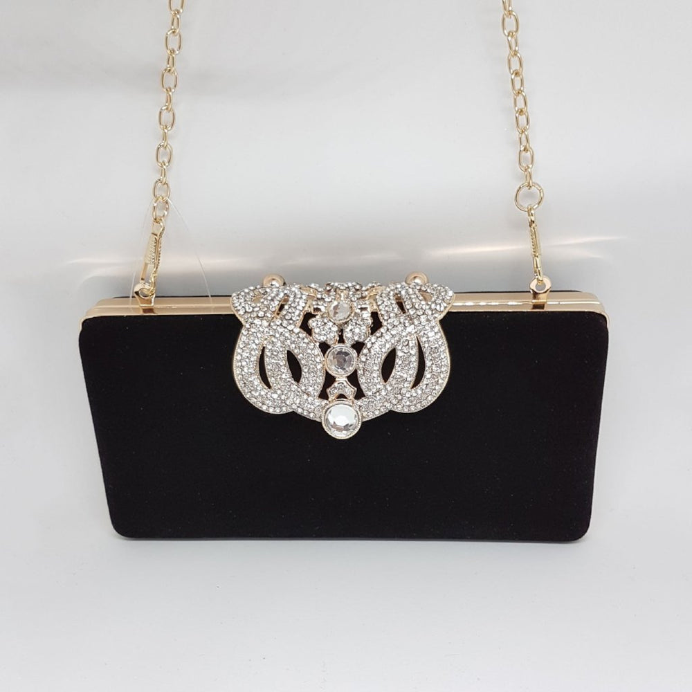 black design chain bag