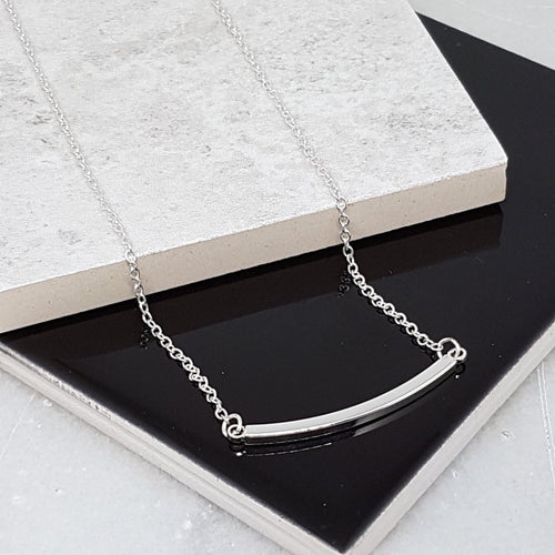dainty silver necklace for women