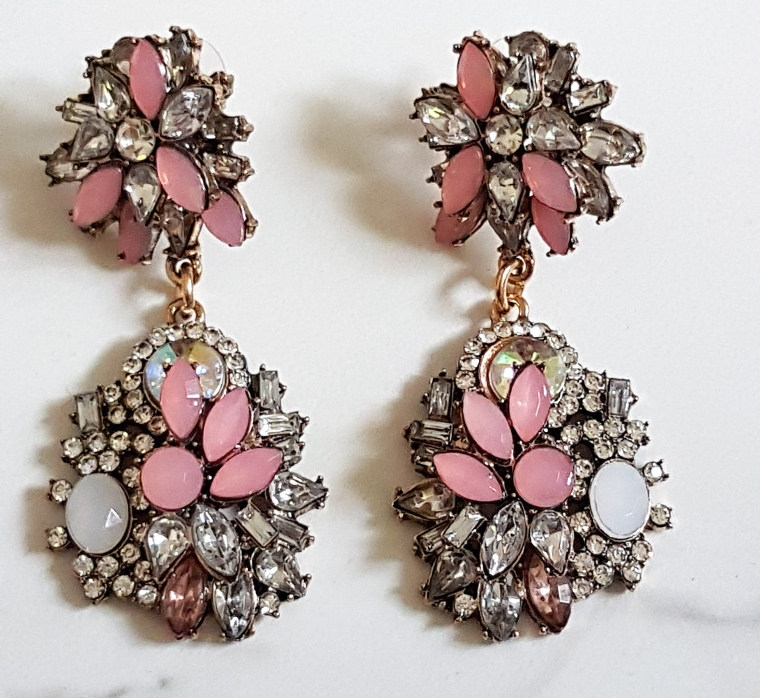 ladies pink rhinestone earrings