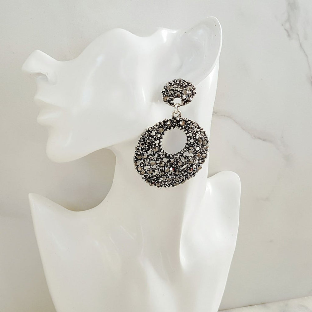 black womens hoop earrings