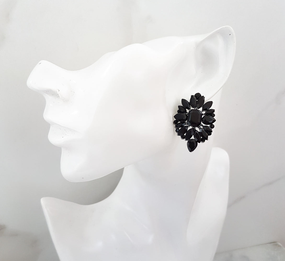 Ladies stud earrings for evening wear
