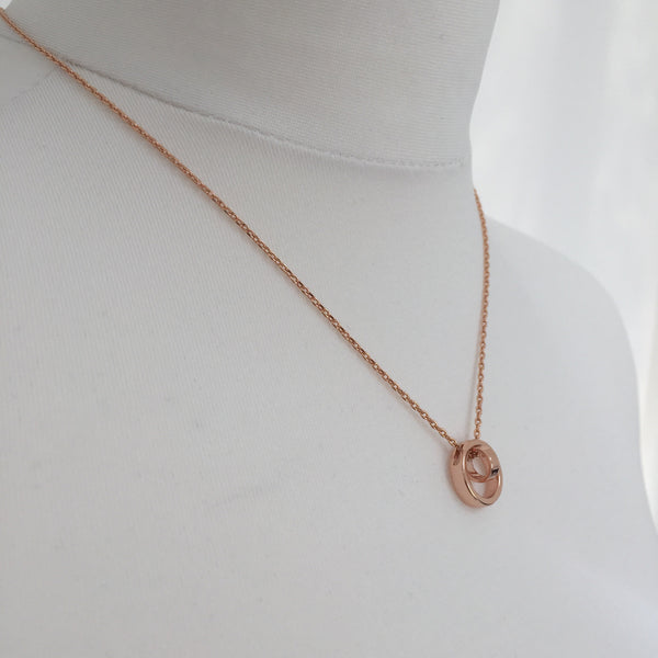 MEGHAN Rose Gold Necklace