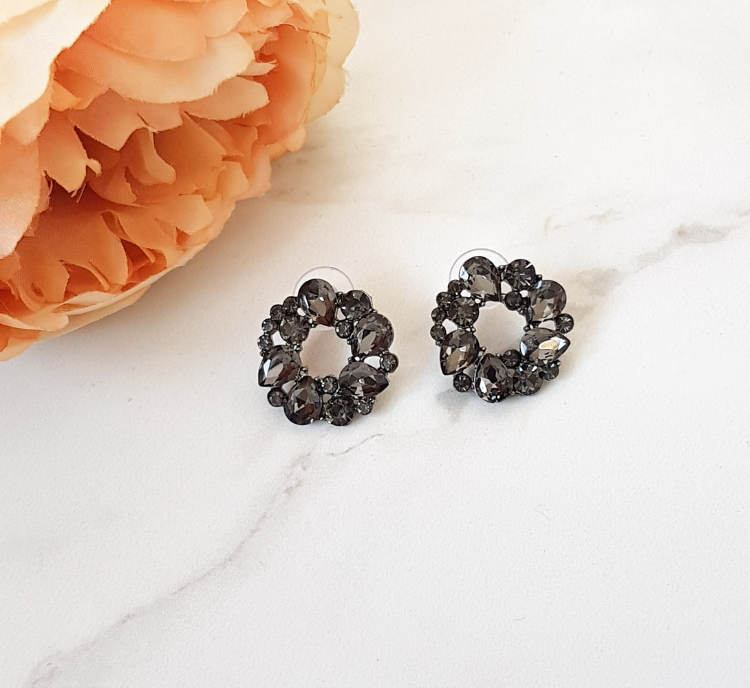 black and grey circular earrings