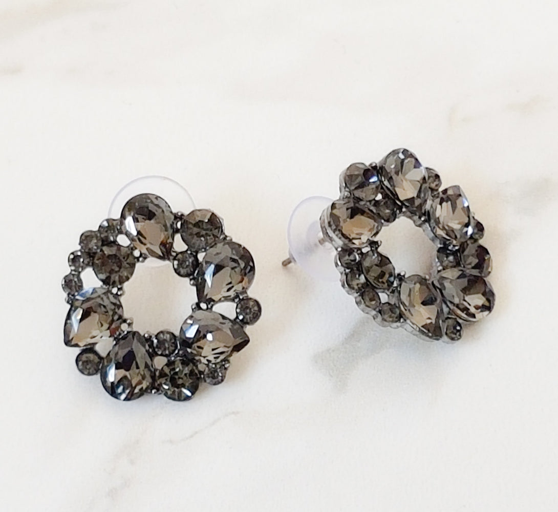 fancy women's earrings