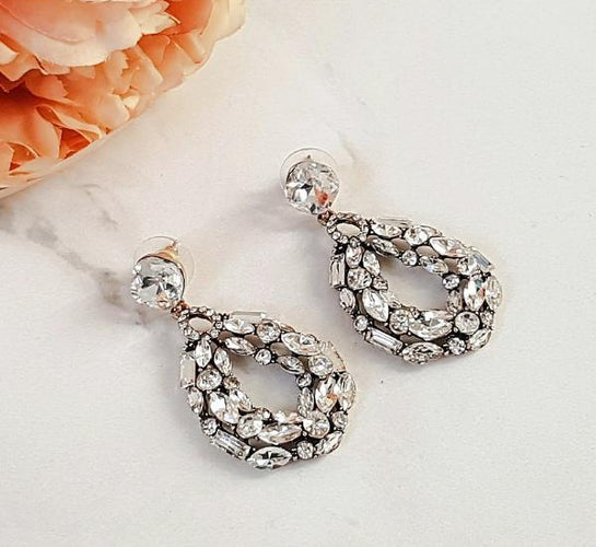 KYRA Clear Rhinestone Earrings