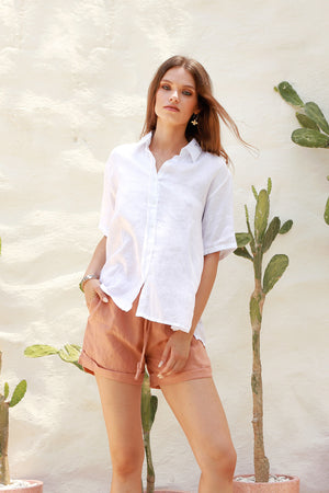 Aldridge - Linen Short Sleeve Button Top In White