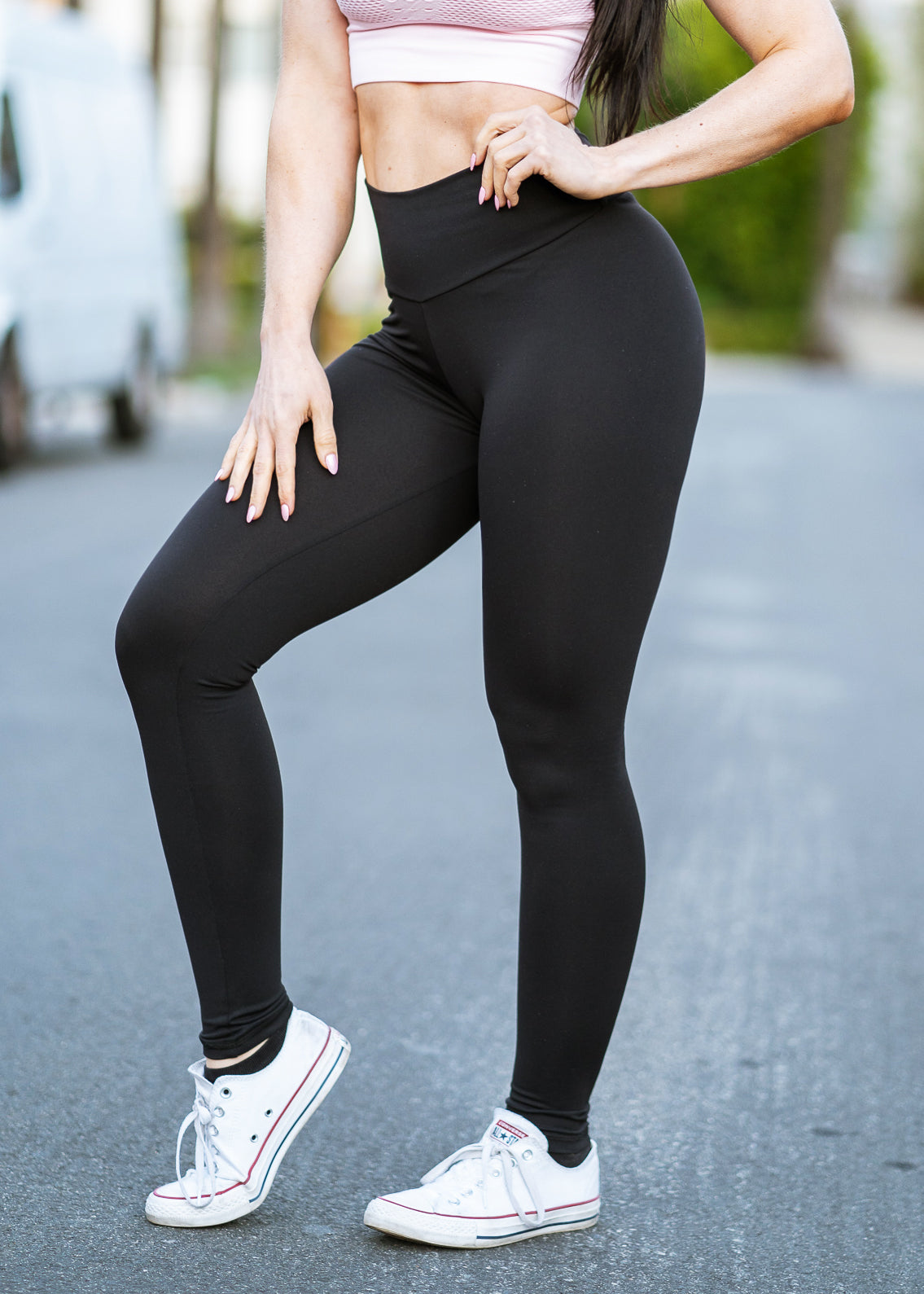BLACK SCRUNCH BOOTY LIFT LEGGINGS