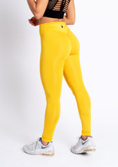 YELLOW V-SCRUNCH BOOTY LEGGINGS