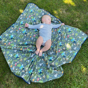 Camping Bears Splash Mat - A Waterproof Catch-All for Highchair Spills and More!