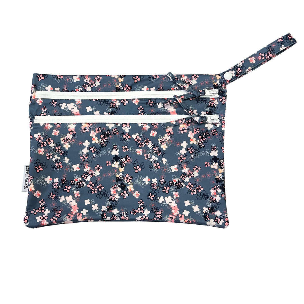 Ditsy Floral - Waterproof Wet Bag (For mealtime, on-the-go, and more!)
