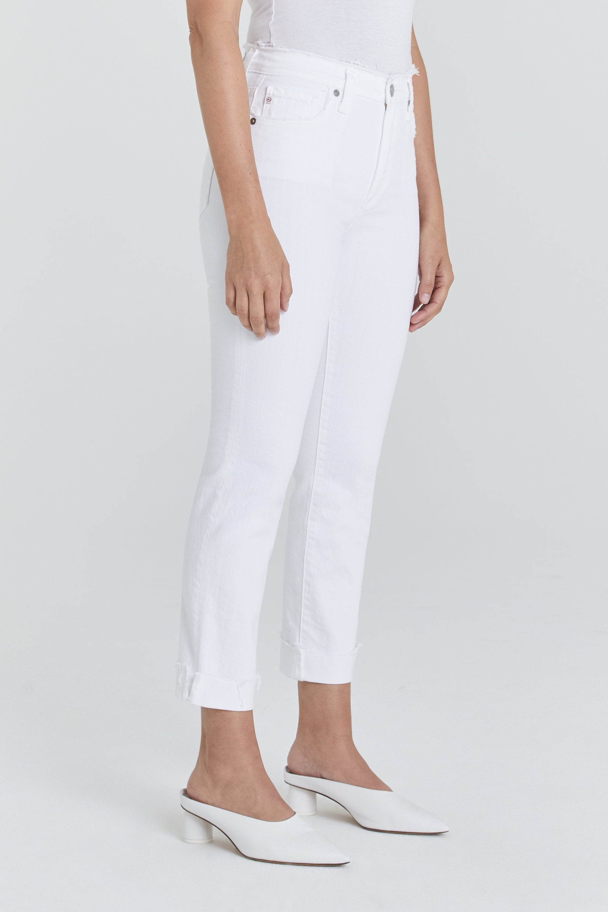 The Isabelle Jean (Retro White)