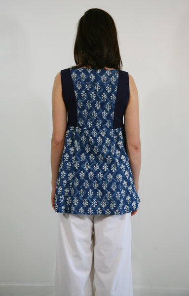 Summer tunic in Indigo Print