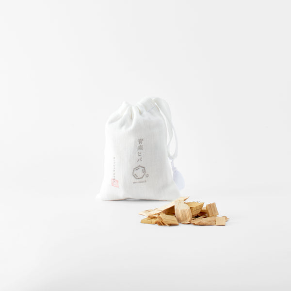 Cul de Sac- Japon Hiba Wood Chips