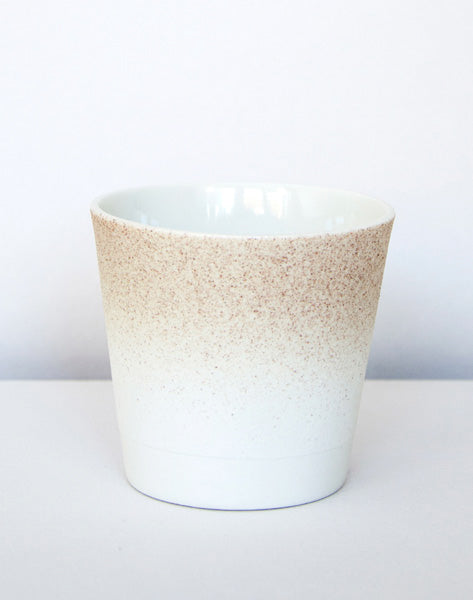 Kirstie van Noort Cornwall Coffee Cup- Bottom Beige / White