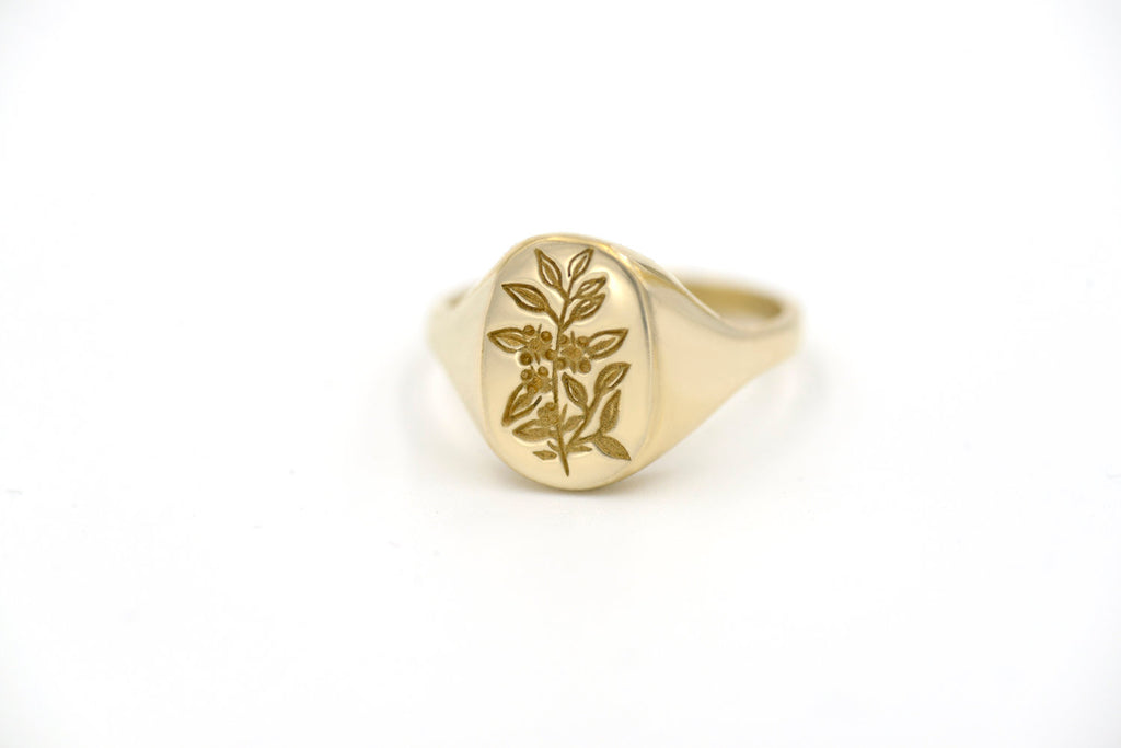 Botanical Collection - Tea Leaf Signet