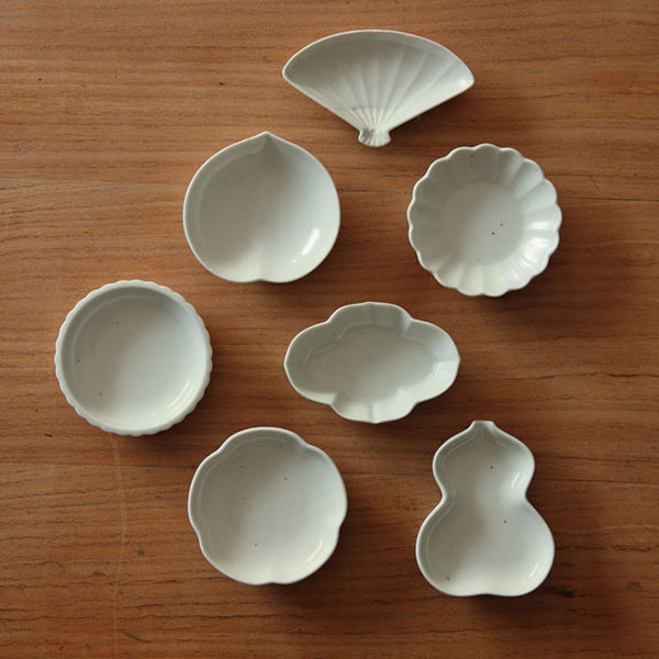 Azmaya Bean Dishes white