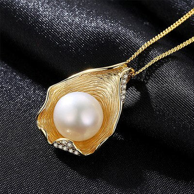 Luxury Exquisite Shell Design Pearl Jewelry 925 Sterling Silver Fashion Pearl Pendant Necklaces for Women Gold Color