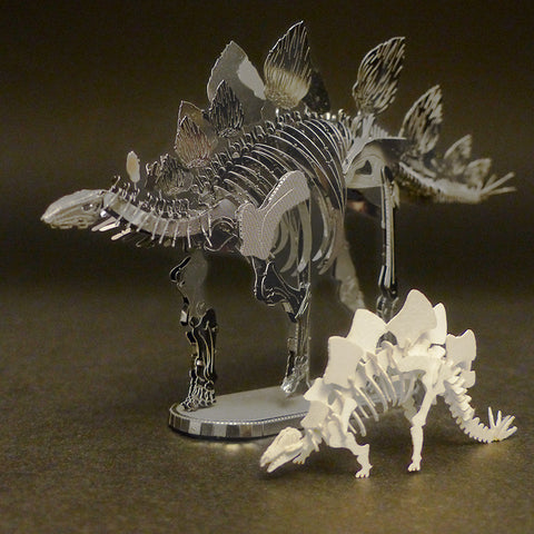 Assembled Metal Earth Stegosaurus kit with Tinysaur Stegosaurus for scale