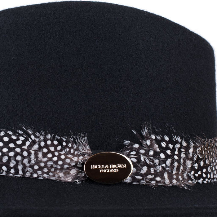 Hicks & Brown 'The Suffolk' Fedora in Black (Guinea Feather Wrap) - RedMillsStore.ie