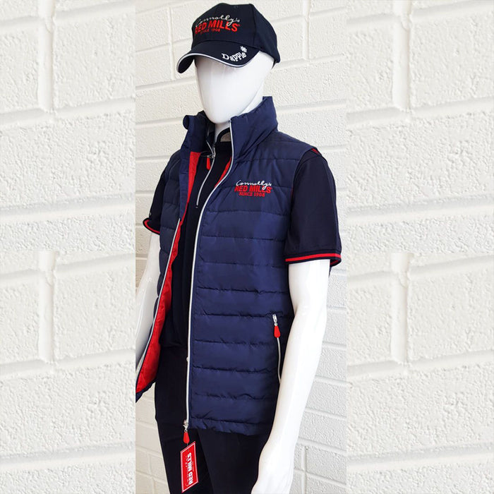 Red Mills Men's Bodywarmer, Baseball Cap and Socks Set