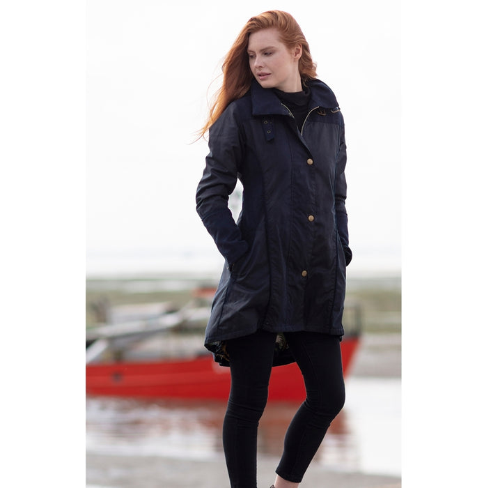 WG Women's Perdita Wax Waterproof Coat in Navy