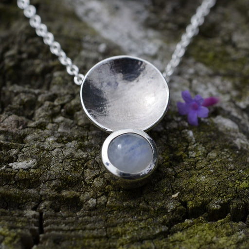 Friederike Grace gem circle necklace - RedMillsStore.ie