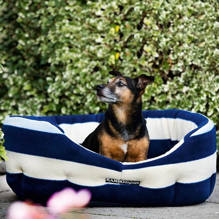 Horseware Rambo® Dog Bed Deluxe Fleece in Whitney Navy - RedMillsStore.ie