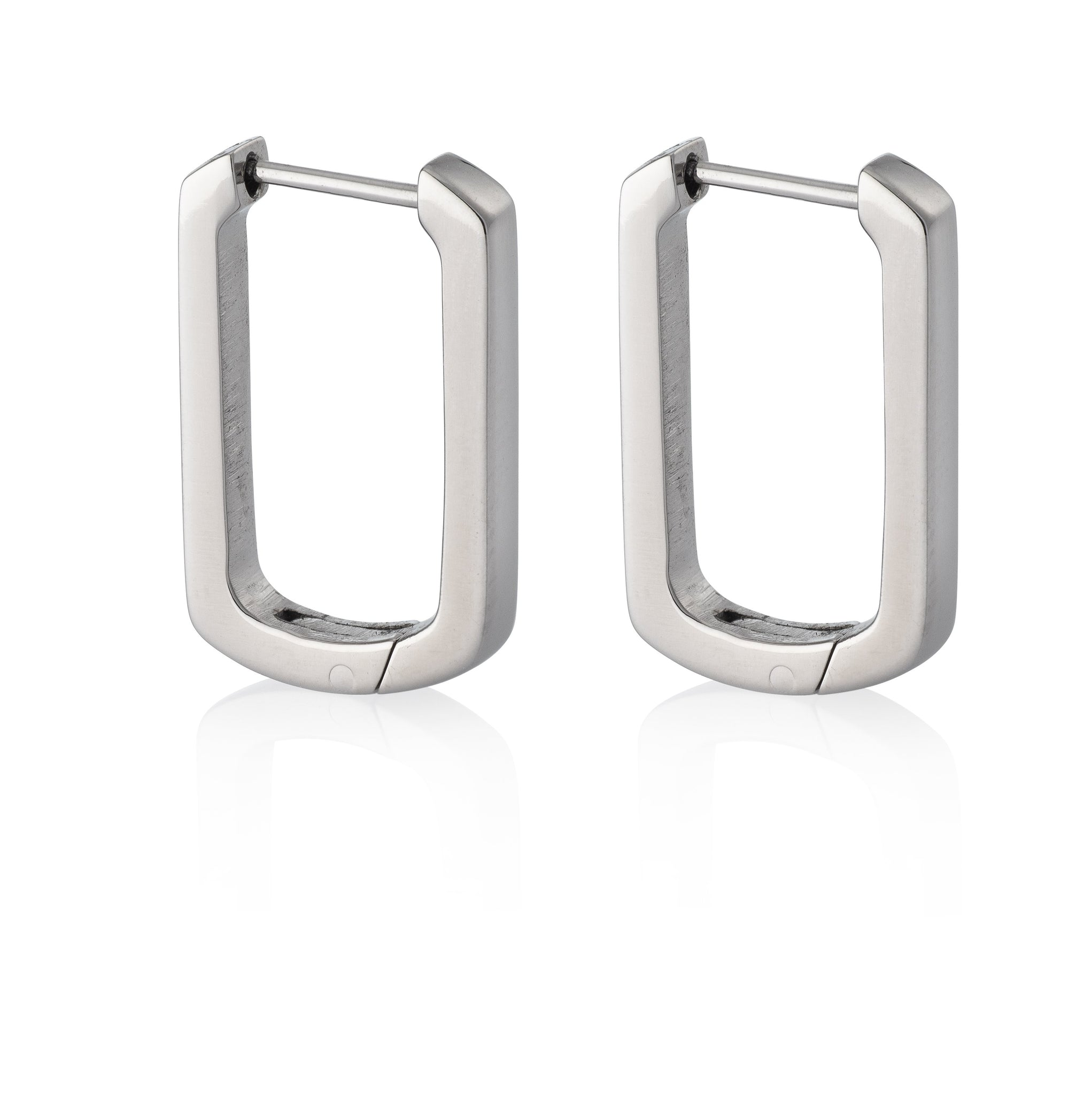 z_new_OVAL HUGGIE HOOPS | Earrings | Tini Lux