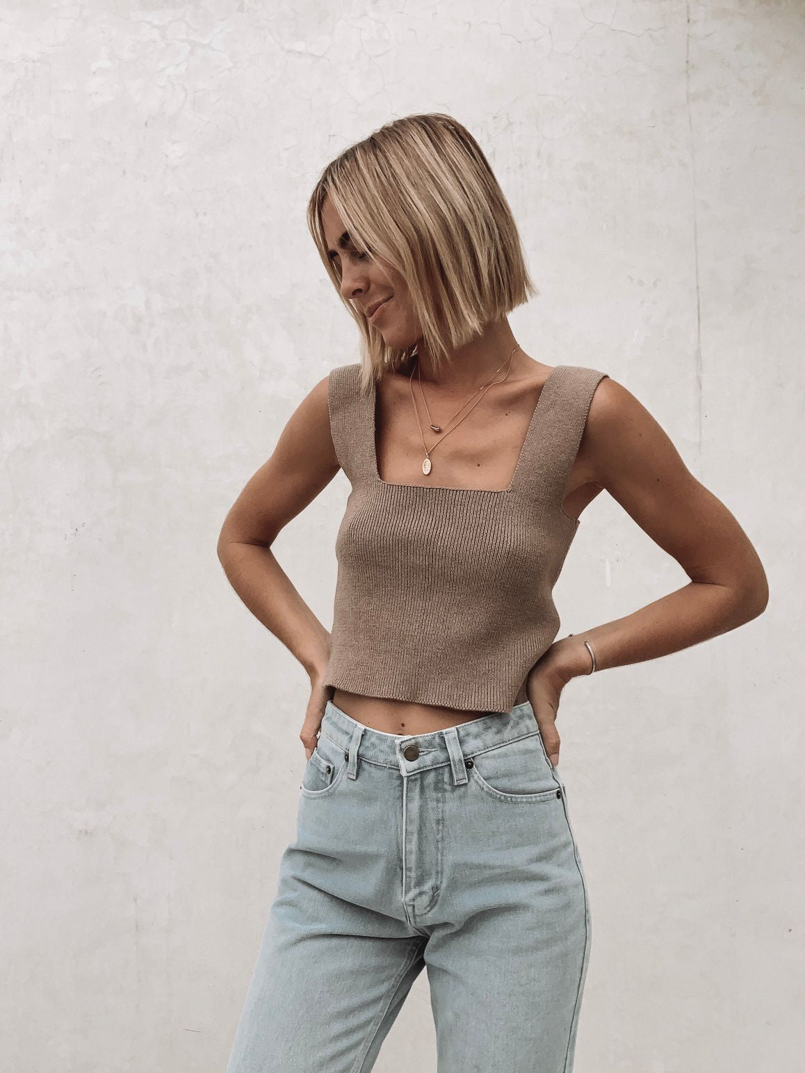 les basics straight knit top brown