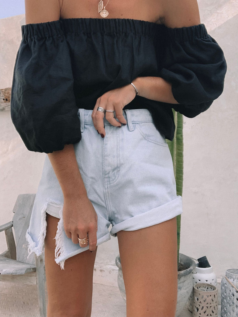 The Basic Linen top Black