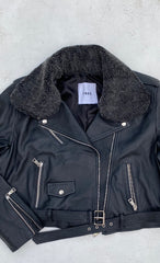 THE BASIC LEATHER JACKET WITH REMOVABLE COLLAR