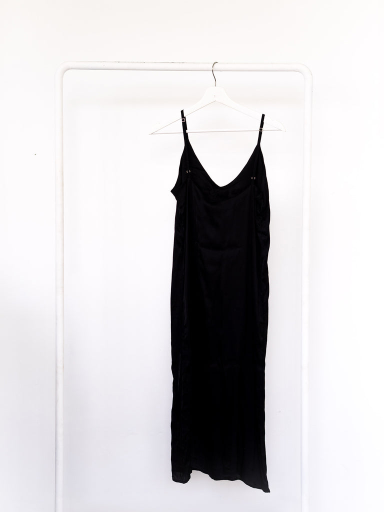 Basic Slip Dress Black