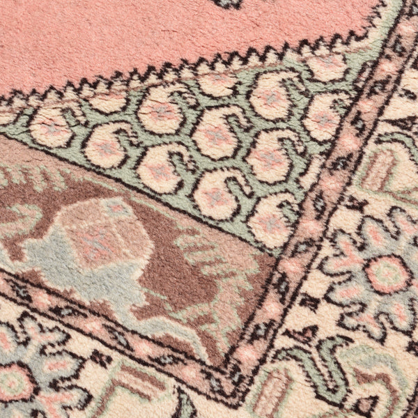 yonder-living-pink-mint-green-small-blossom-vintage-rug