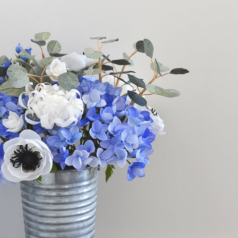 The Mary blue paper flower bouquet
