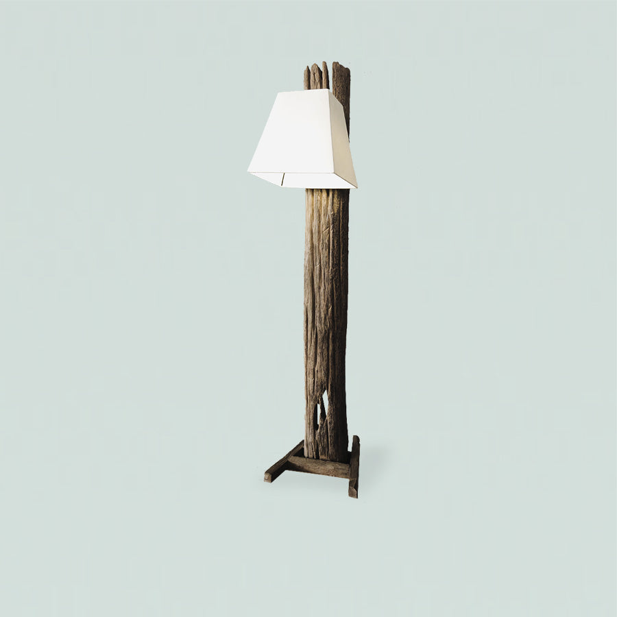 WESTLEY R.Teakwood Standing Lamp