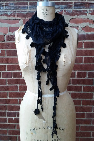 Skinny Floral Lace Scarf