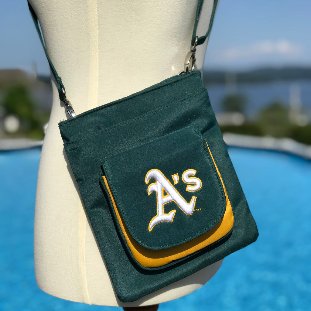 Oakland Athletics Traveler / Crossbody - Charm14