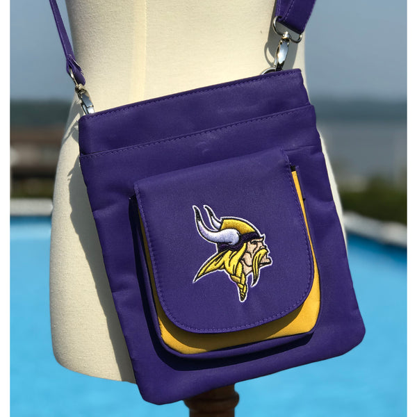 Minnesota Vikings Traveler / Crossbody - Charm14