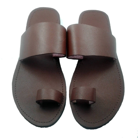 Brown leather toe ring sandals