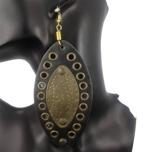 Leather and gold plated earrings