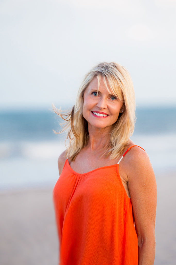 Coastal Florida travel tips. Interview with Marybeth from Beaches Bars and Bungalows